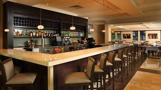 Hướng Dẫn Chọn Bàn Ghế Quầy Bar Quán Cafe Đẹp Sang Trọng -4