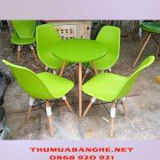 Thanh Lý Bộ Bàn Ghế Cafe Eames Chân Gỗ -1