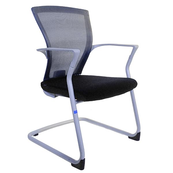 Những ưu điểm của ghế chân quỳ bạn nên biết